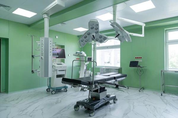 تأثیر کلینیک در هزینه جراحی پلک